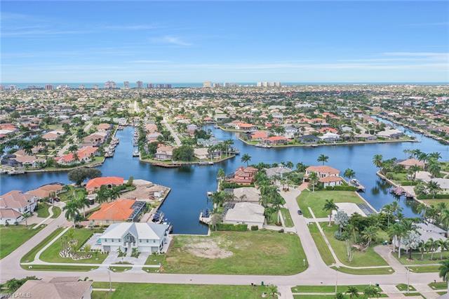 1741 Bounty Ct, Marco Island, FL 34145