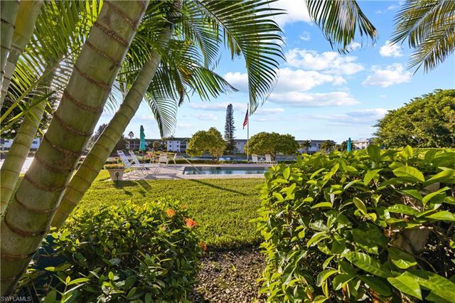 3055 Riviera Dr 104, Naples, FL 34103