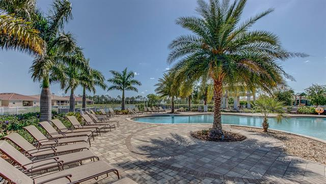 4201 Bloomfield St, Fort Myers, FL 33916