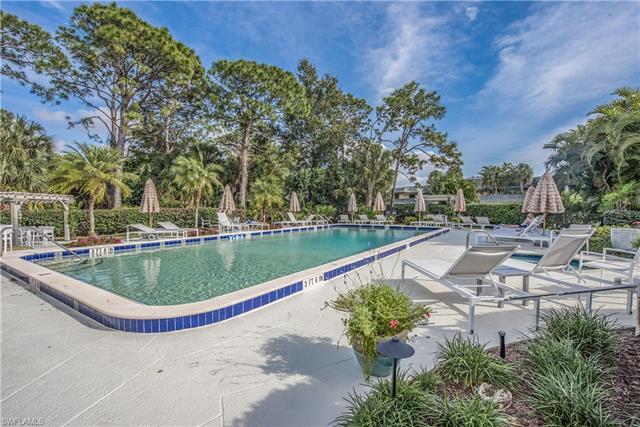 1535 Wildwood Ln, Naples, FL 34105