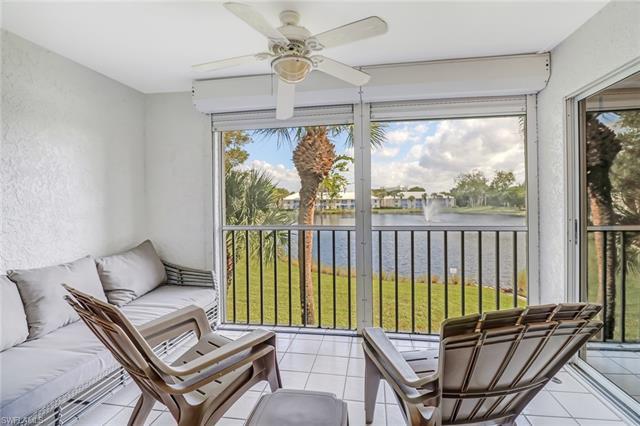 822 Gulf Pavilion Dr 204, Naples, FL 34108