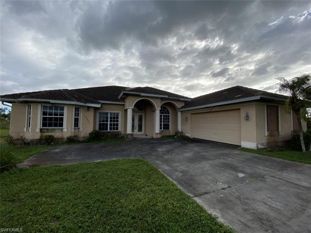 18445 Royal Hammock Blvd, Naples, FL 34114