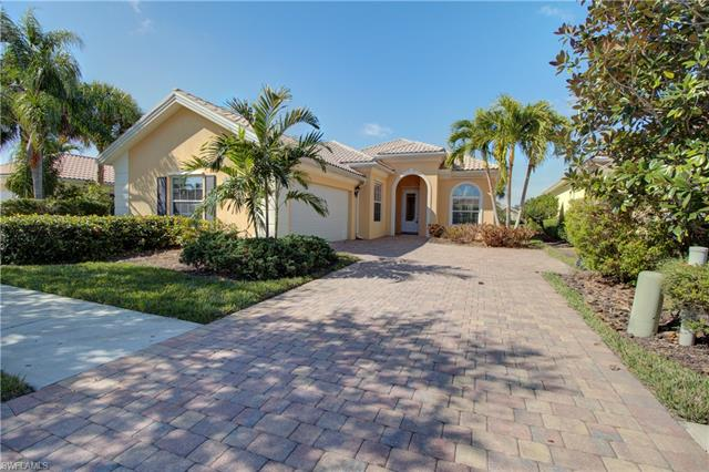 7715 Hernando Ct, Naples, FL 34114
