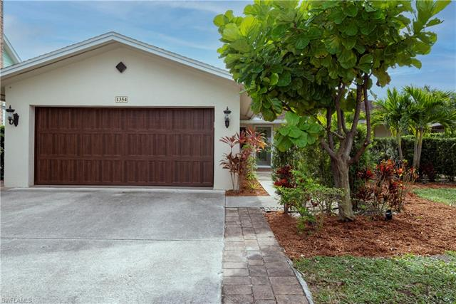1354 Frank Whiteman Blvd, Naples, FL 34103