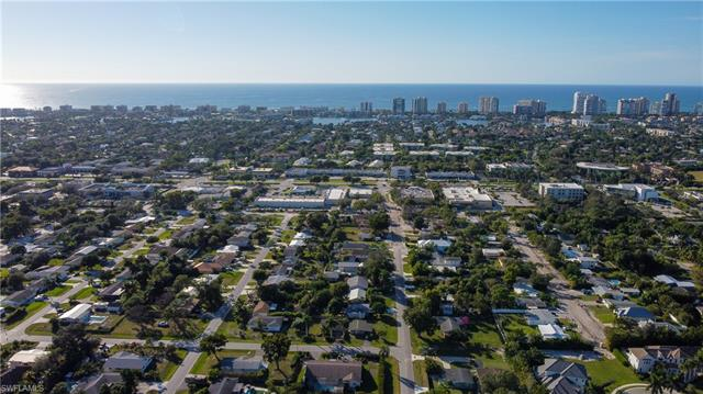 1354 Frank Whiteman Blvd, Naples, FL 34103