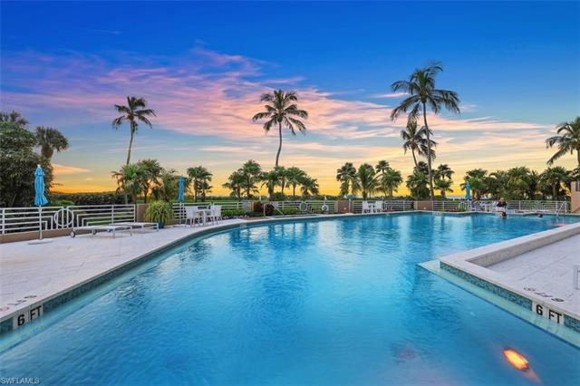 4651 Gulf Shore Blvd N 306, Naples, FL 34103