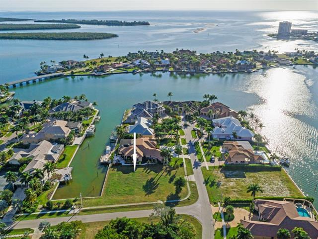 841 Copeland Dr, Marco Island, FL 34145