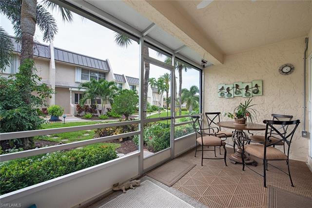 800 River Point Dr 537, Naples, FL 34102