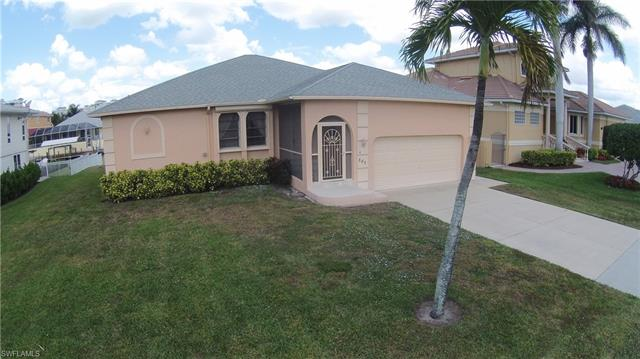 389 Heron Ave, Naples, FL 34108
