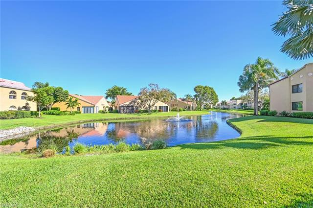 625 Beachwalk Cir G-102, Naples, FL 34108