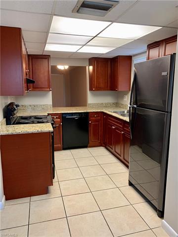 960 Morningside Dr, Naples, FL 34103