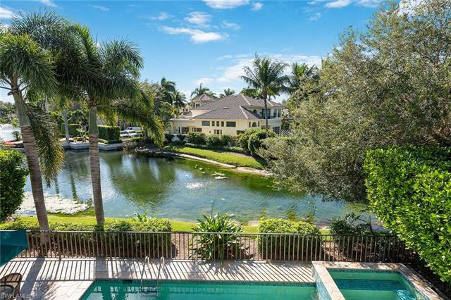 8063 Vizcaya Way, Naples, FL 34108