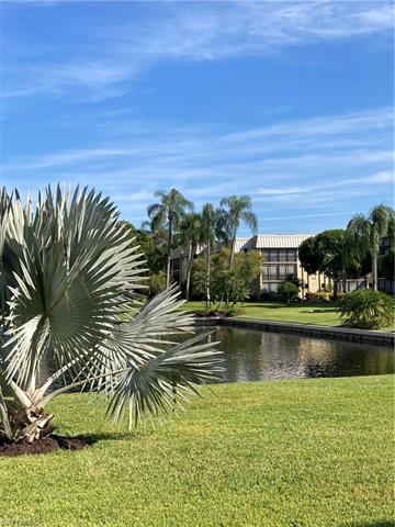 788 Park Shore Dr F14, Naples, FL 34103