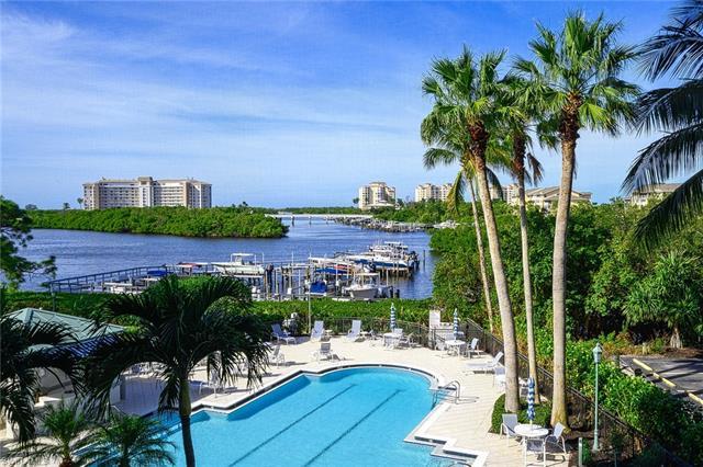 430 Cove Tower Dr 302, Naples, FL 34110