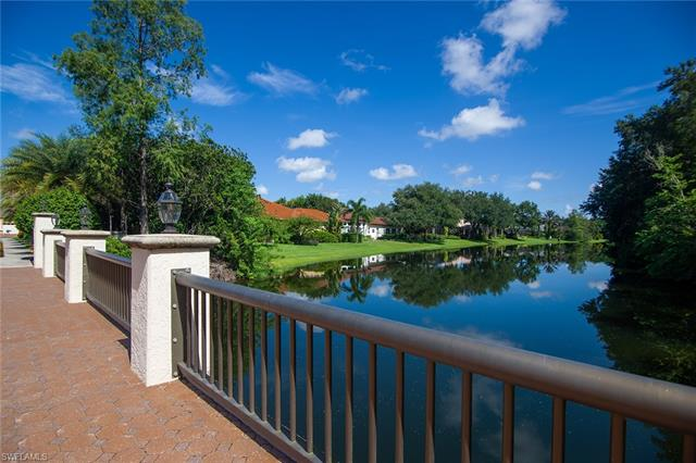 73 Silver Oaks Cir 10103, Naples, FL 34119