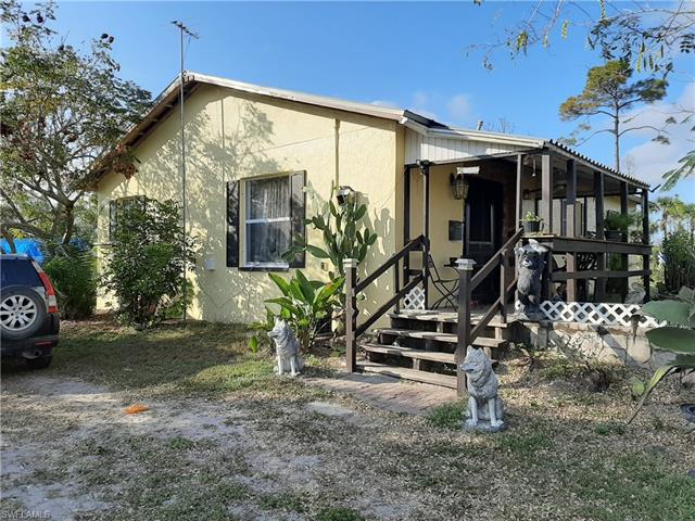 2275 Woodland Grade Rd, Naples, FL 34117