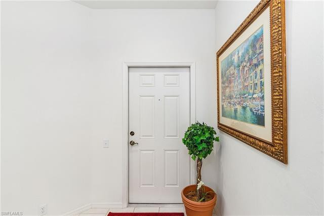 8239 Parkstone Pl 4-201, Naples, FL 34120