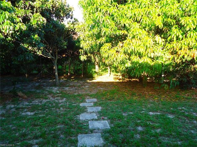 18422 Sunflower Rd, Fort Myers, FL 33967