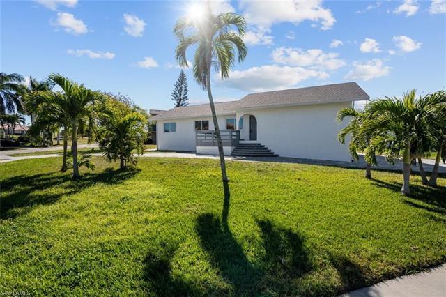 1897 Bahama Ave, Marco Island, FL 34145
