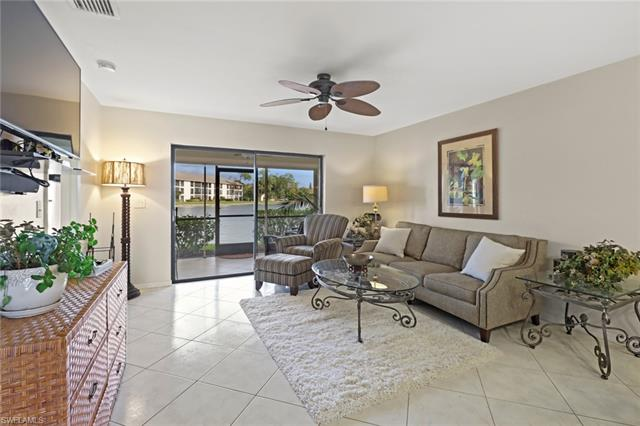 181 Fox Glen Dr 1-181, Naples, FL 34104