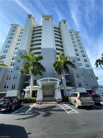 420 Cove Tower Dr 504, Naples, FL 34110