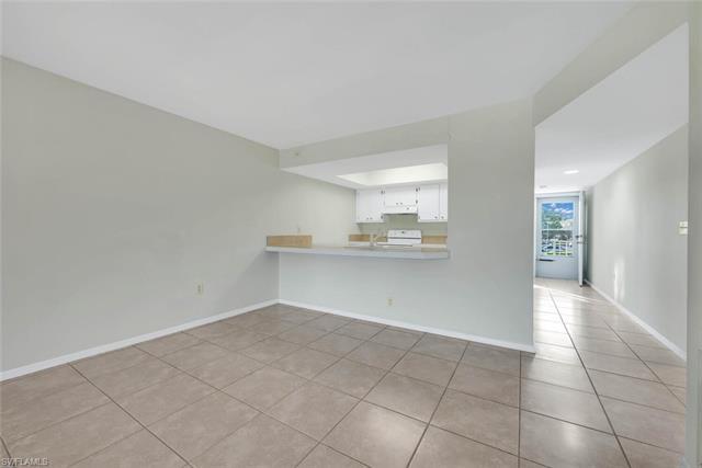 148 Cypress Way E 908, Naples, FL 34110