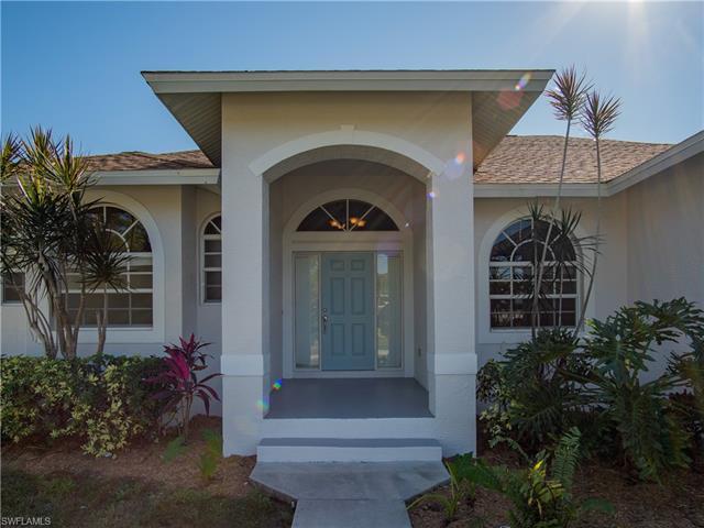 30 Tahiti Rd, Marco Island, FL 34145