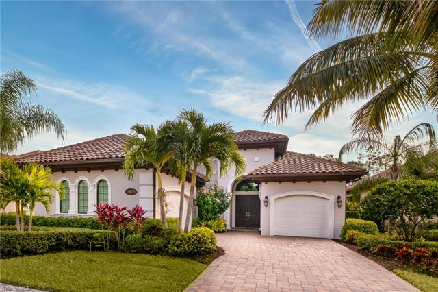 7473 Lantana Cir, Naples, FL 34119