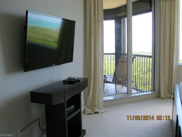 7225 Pelican Bay Blvd 1202, Naples, FL 34108
