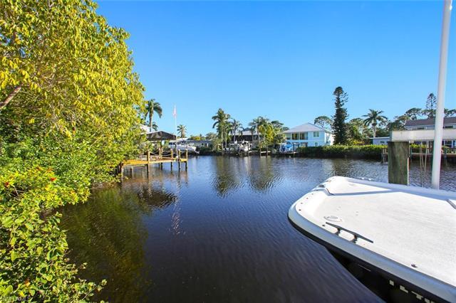 3906 Aloha Ln, Bonita Springs, FL 34134