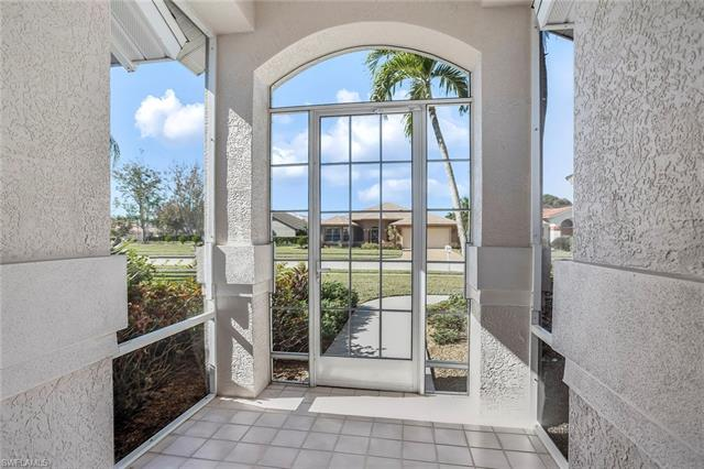 2028 Piccadilly Circus, Naples, FL 34112