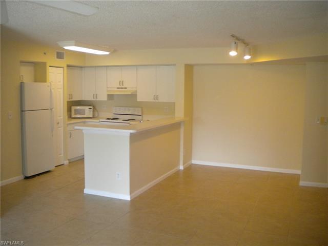 1240 Wildwood Lakes Blvd 103, Naples, FL 34104