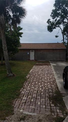 5222 Dixie Dr, Naples, FL 34113