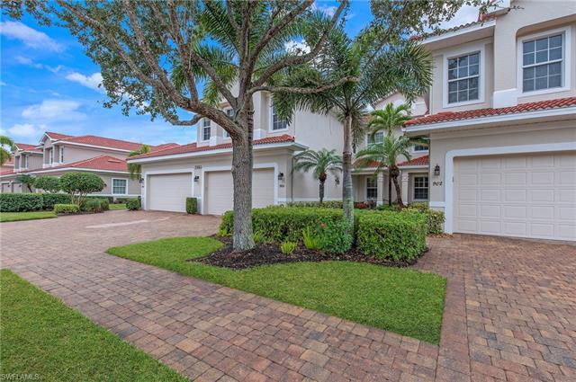 7845 Hawthorne Dr 901, Naples, FL 34113