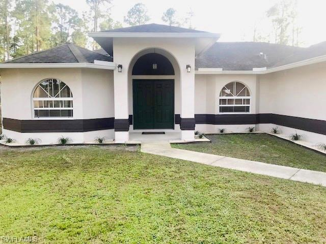2930 14th Ave Se, Naples, FL 34117