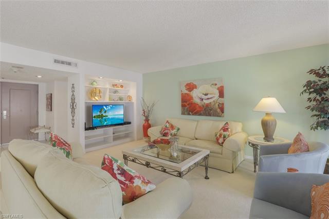 4401 Gulf Shore Blvd N 1406, Naples, FL 34103