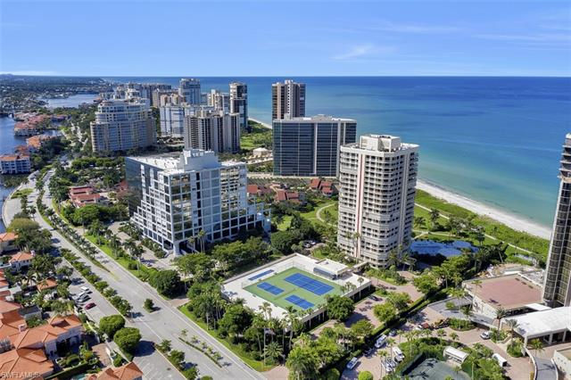 4901 Gulf Shore Blvd N 402, Naples, FL 34103