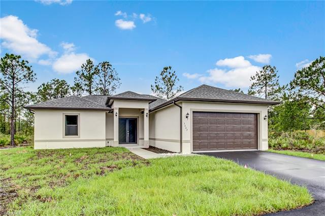 677 35th Ave Nw, Naples, FL 34120
