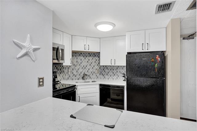 1 Bluebill Ave 709, Naples, FL 34108