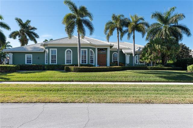 110 Sunset St, Marco Island, FL 34145