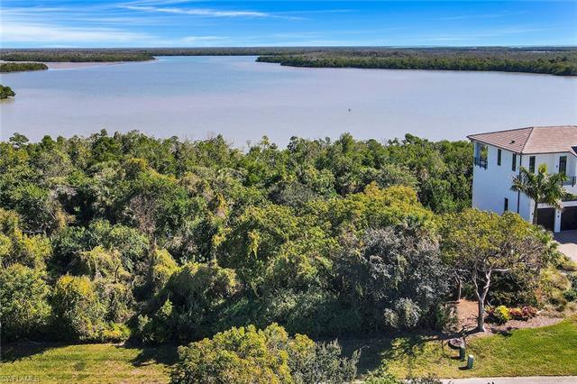 882 Whiskey Creek Dr, Marco Island, FL 34145