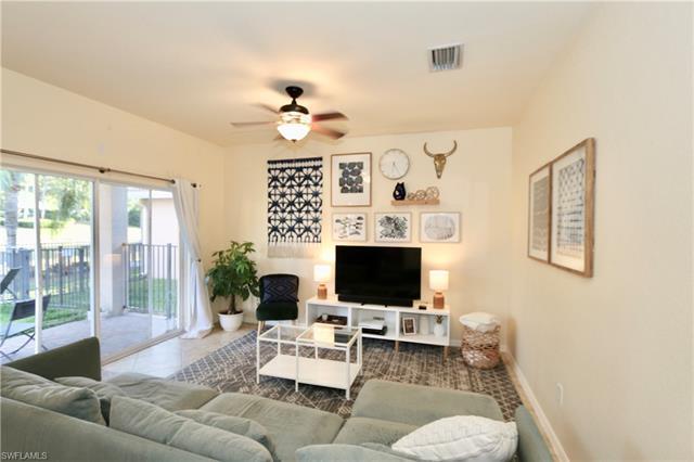 10316 Crepe Jasmine Ln, Fort Myers, FL 33913