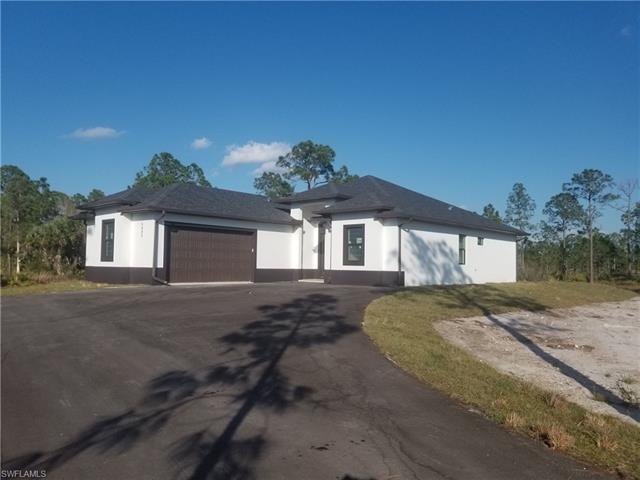 5492 Everglades Blvd N, Naples, FL 34120