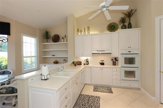 119 Colonade Cir 203, Naples, FL 34103