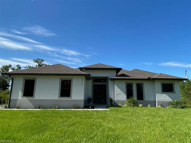 360 14th Ave Nw, Naples, FL 34120