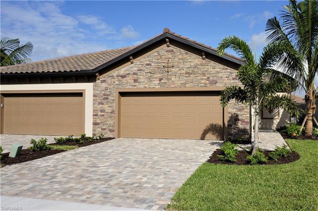 9070 Woodhurst Dr, Naples, FL 34120
