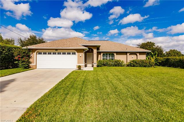 617 2nd St, Cape Coral, FL 33990
