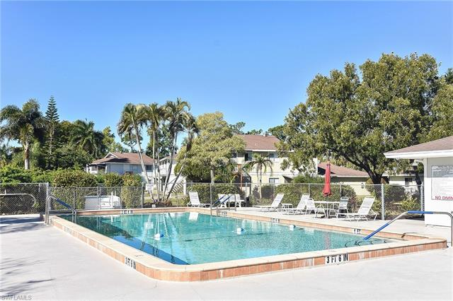 5839 Vancouver Cir 4, Fort Myers, FL 33907
