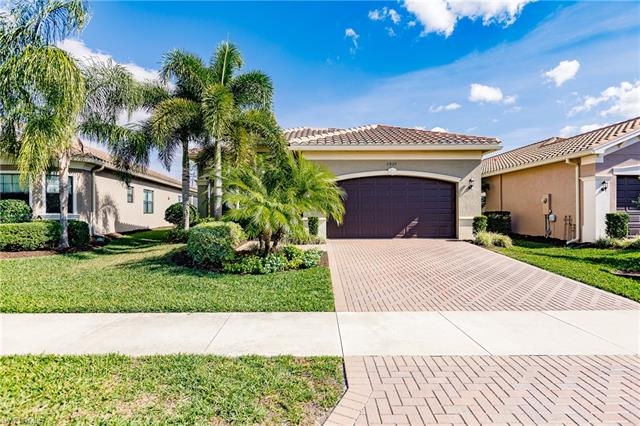 2820 Cinnamon Bay Cir, Naples, FL 34119