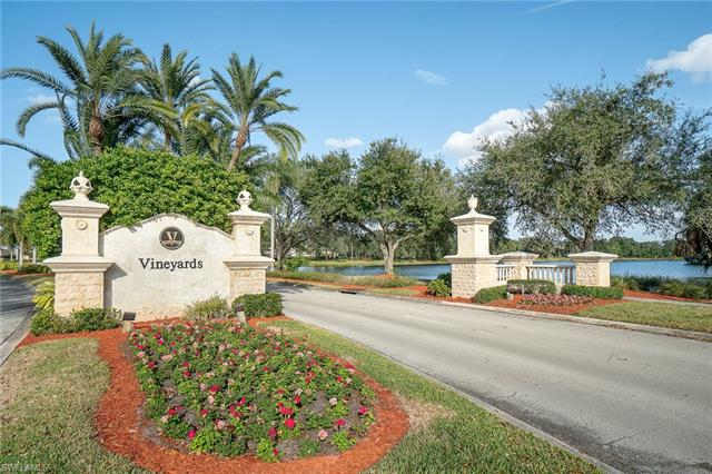 6200 Reserve Cir 403, Naples, FL 34119